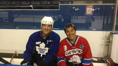 Guy Kawasaki in the penalty box with Hockey Hall of Famer Eric Lindros.
